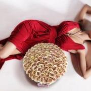 BeverlyHillsRoses beige flower box