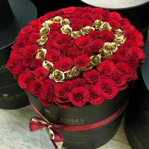 Large-black-box-loveisgold-Beverly-Hills-Roses