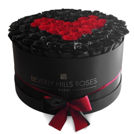 Black & Red roses in 'Deep Love' – Large black box