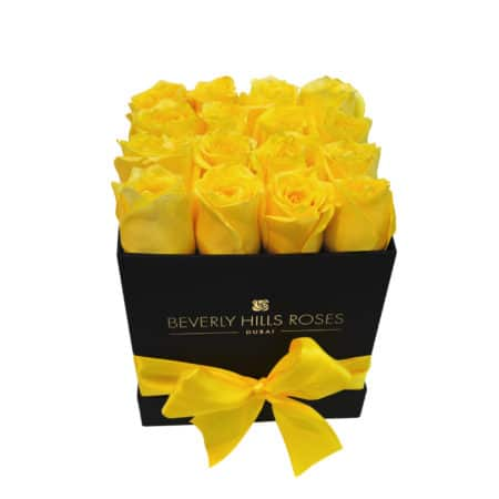 Yellow roses in 'Lemon' – Square black box
