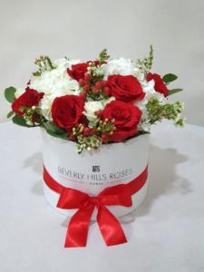 red rose & Hydrangea bouquet