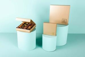 Mixed Stuffed Dates in The Rigid Box