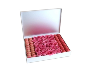 Macarons & Roses in a white box